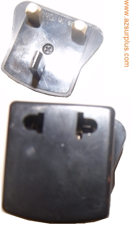 UK INTERNATIONAL 3 PRONG PIN WALL CONNECTOR WITH 2 PRONG