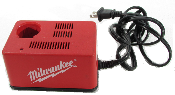 Milwaukee 48-59-0300 Classic Battery Charger 2.4V 1.4A used 120v