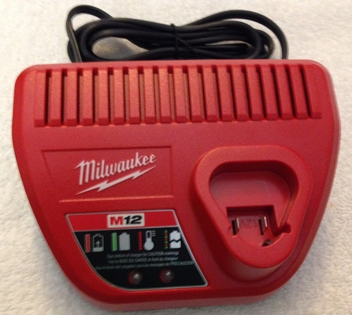 Milwaukee 48-59-2401 12Vdc Lithium Ion Battery Charger Used