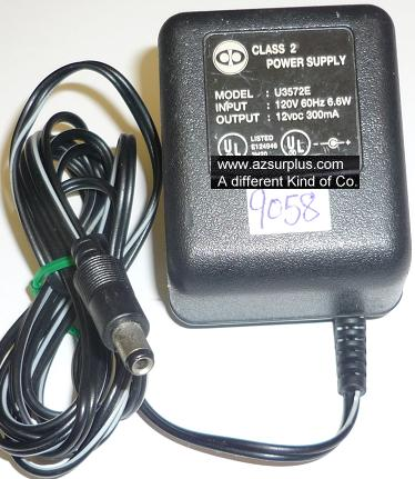 U3572E AC ADAPTER 12VDC 300mA USED -(+) 2.5x5.5x9.4mm ROUND BARR